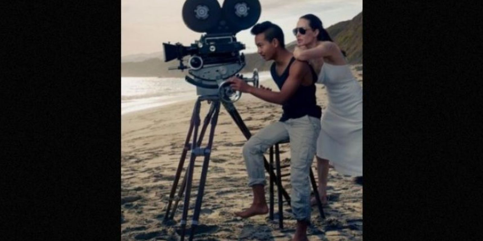 Angelina Jolie junto a su hijo mayor, Maddox Foto:Vogue Magazine/Annie Leibovitz