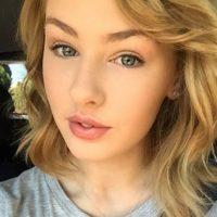 """""""Creo que es por nuestra estructura facial. Tengo ojos pequeños y labios más grandes como ella. En ocasiones no uso maquillaje y aún así me dicen que me parezco a ella"""" Foto:Instagram/olivia_oblivious"""