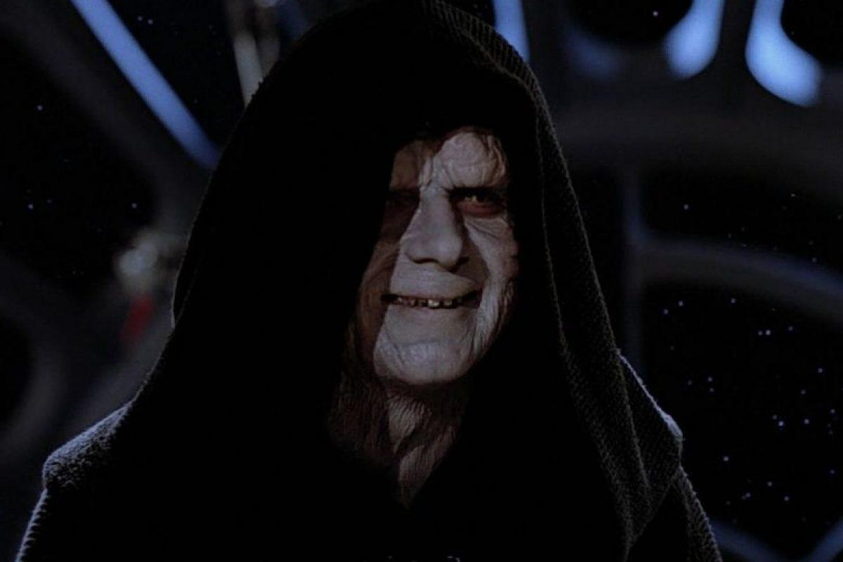 Emperador Palpatine/Dart Sidious, interpretado por Ian McDiarmid (episodios I, II, III, V y VI). Foto:Publinews