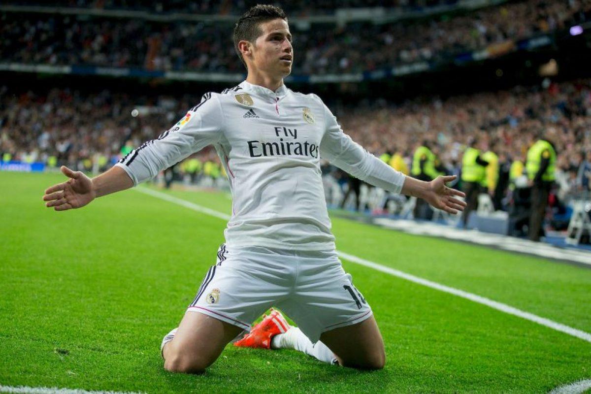 """James es un """"chico de familia"""". Lejos de los escándalos y polémicas, aún siendo jugador del Real Madrid, él prefiere mostrar su vida al lado de su esposa Daniela y su hija, Salomé. Foto:Getty Images"""