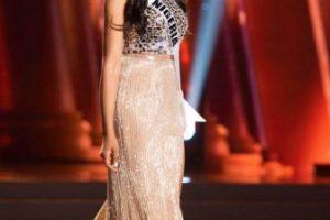 El problema es lo de abajo: no le da la talla al material de arriba. Foto:vía Facebook/Miss Universe