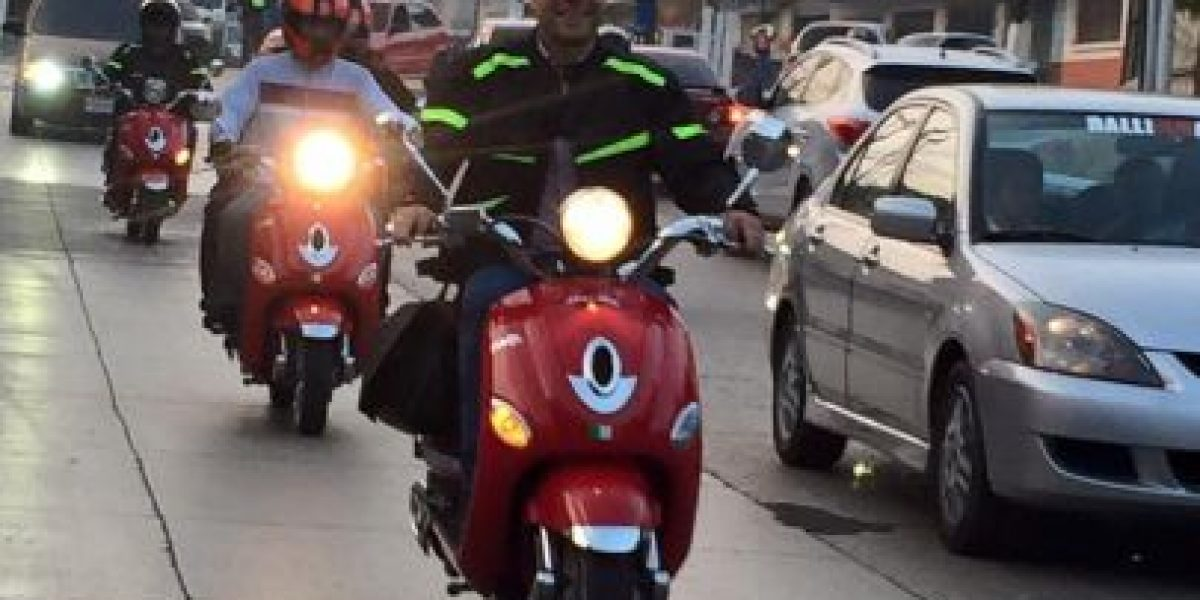 """Alcalde electo de Mixco usará esta moto para """"supervisar"""""""