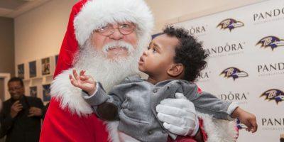 La vestimenta que lo caracteriza es su gran barba blanca Foto:Getty Images