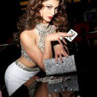 Urvashi Rautela es Miss India Foto:vía facebook.com/MissUniverse