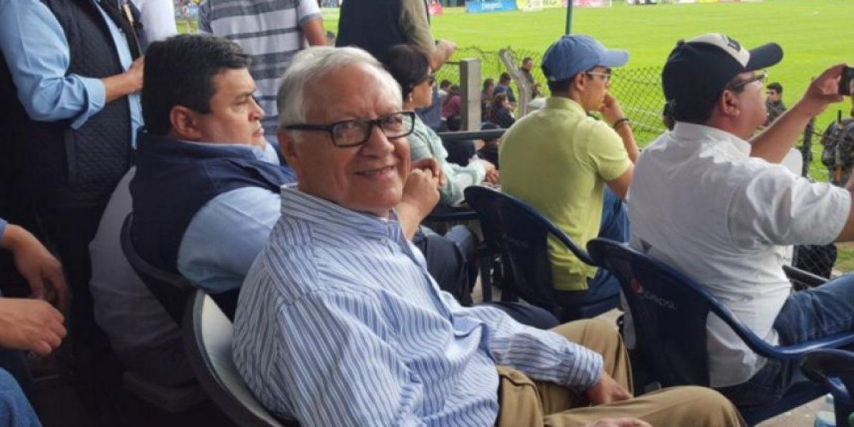 Presidente Maldonado envía mensaje desde la final entre Antigua y Guastatoya
