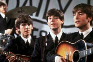 1. La última vez que John Lennon y Paul McCartney tocaron juntos fue en 1974, en una jam session con Harry Nilsson y Steve Wonder Foto:Getty Images