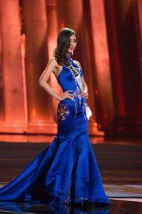 O vestidos que no ajustan bien y se ven con arrugas. Foto:vía Facebook/Miss Universe