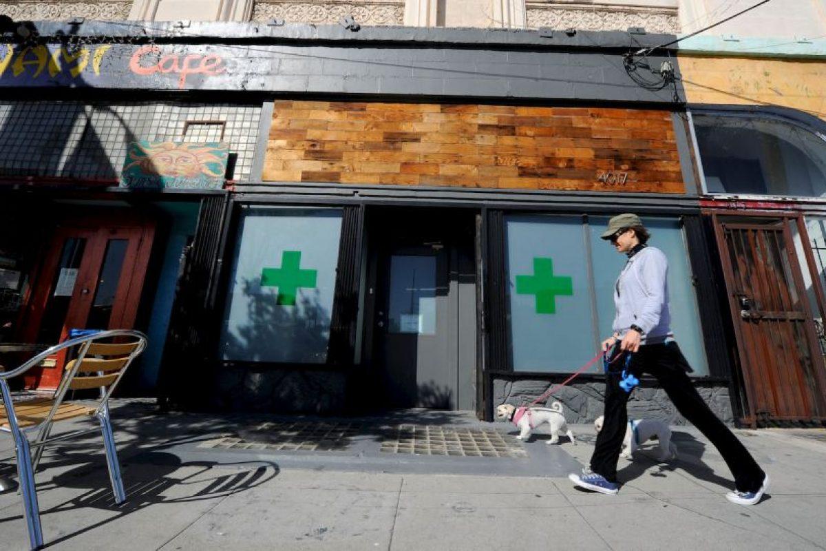 """Los cambios legislativos estipulan que ya no será delito consumir marihuana en pequeñas cantidades ni portar un máximo de dos onzas (56 gramos) de """"ganja"""". Foto:Getty Images"""