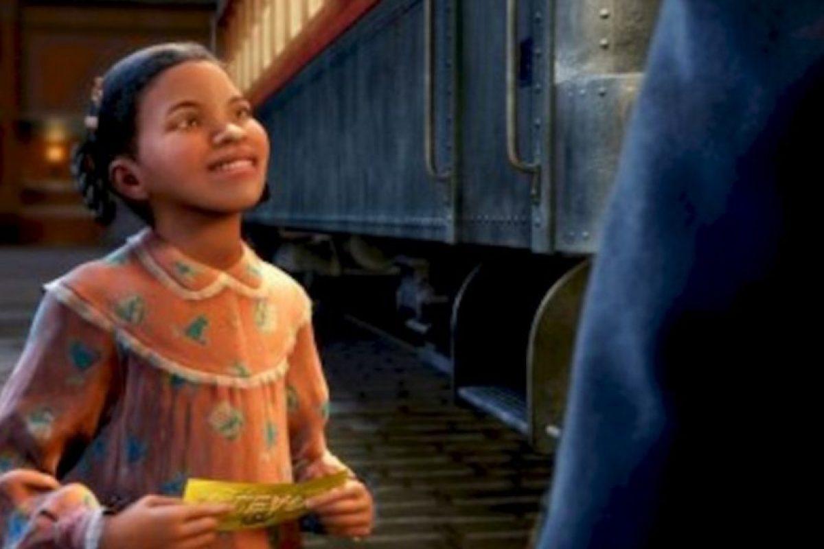 En este cuento de Navidad, un niño recupera su fe en el espíritu navideño cuando viaja en tren al Polo Norte el 24 de diciembre. Foto:vía Netflix