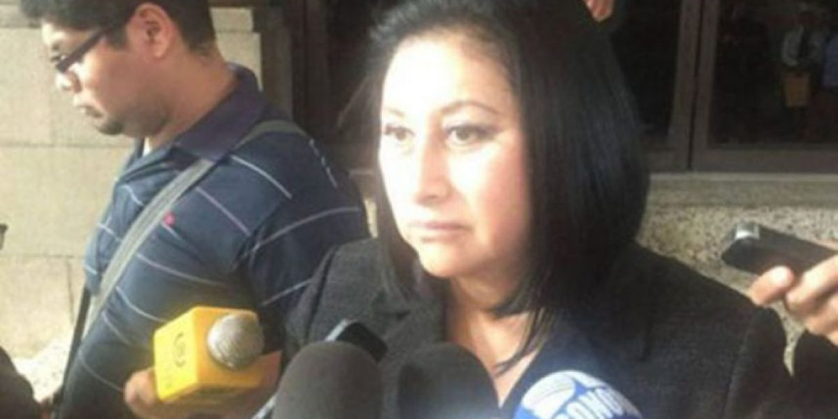 Diputada Back asegura que el TSE cancelará al partido Líder