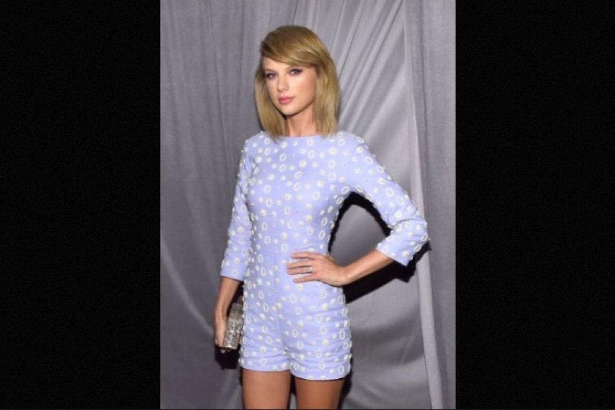 """10. En 2012, el sitio """"Hollywood Life"""" indicó que Taylor se había operado sus senos. Foto:Getty Images"""