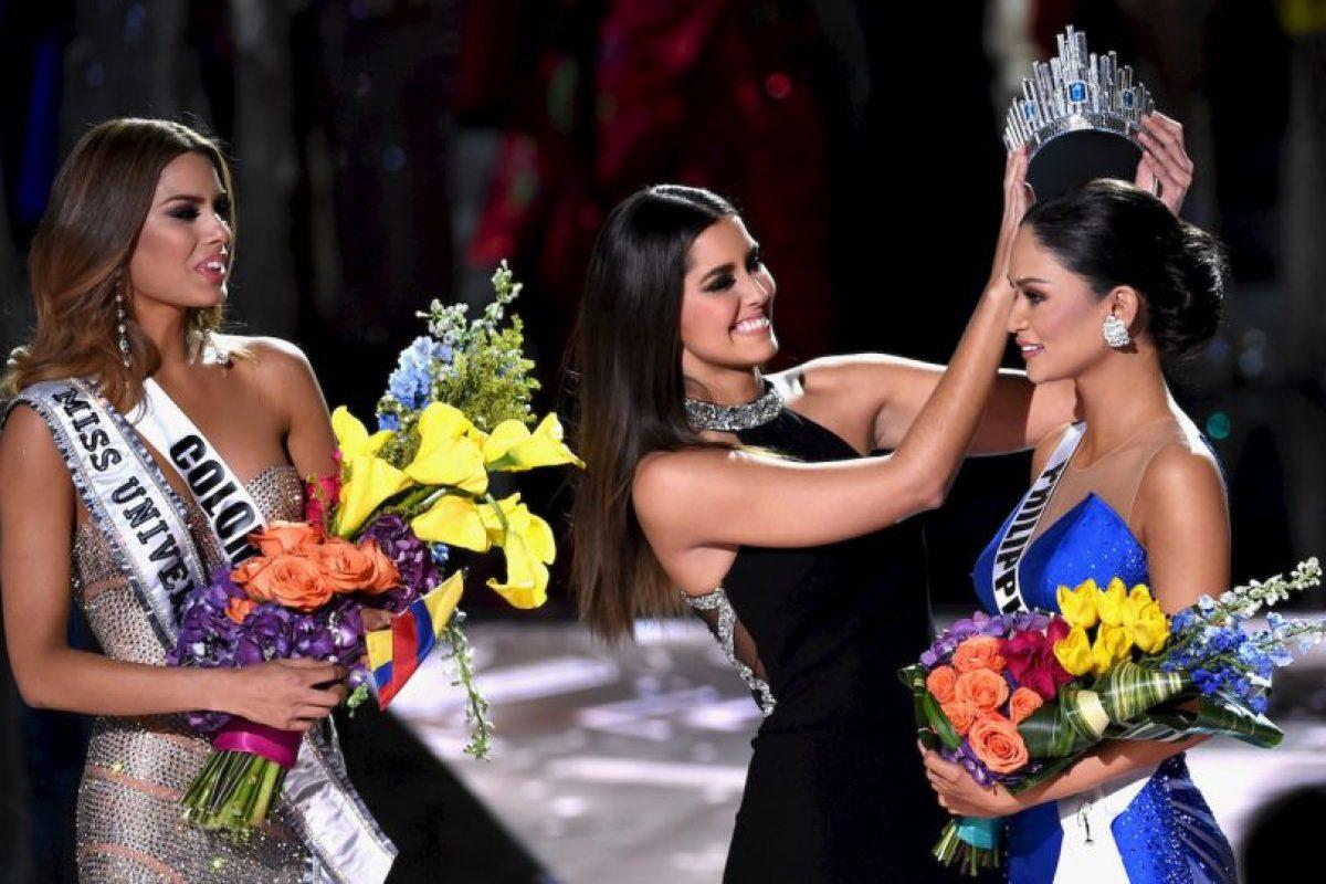 #MissUniverse2015 se convirtió en trending topic a nivel mundial, ya que de inmediato los comentarios en contra y a favor, los memes, e incluso las acusaciones de que todo esto había sido planeado para conseguir mayor rating, se hicieron presentes en la redes sociales. Foto:Getty Images