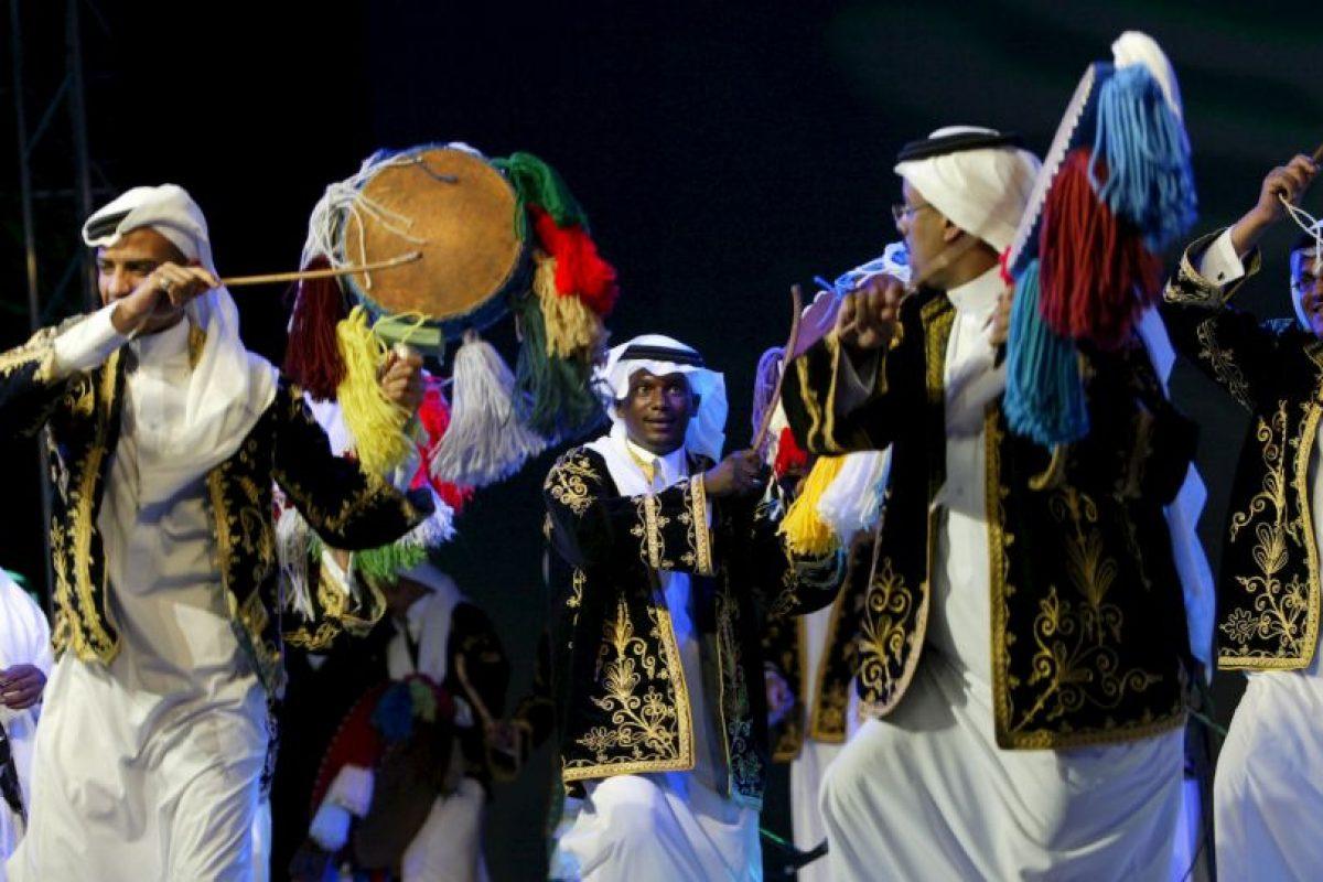 En el que comunica que ni musulmanes, ni visitantes pueden celebrar. Foto:Getty Images