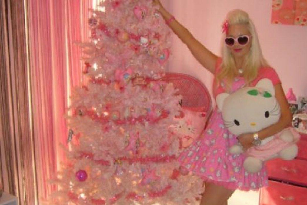 Paris Hilton hizo su propio árbol. Foto:Awkward Family Photos