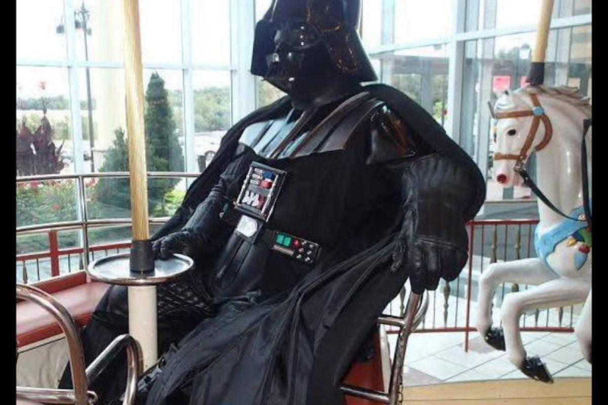 """Para el ahora Vader, el personaje de la saga """"Star Wars"""" es una figura emblemática. Foto:Vía facebook.com/founder.director"""