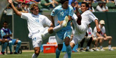 Un grupo no identificado le disparó en la madrugada de este domingo. Pacheco era el futbolista que más veces vistió la camiseta de la selección salvadoreña Foto:Getty Images