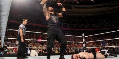 9. Roman Reigns reconquista el Campeonato Mundial de Peso Pesado de WWE Foto:WWE