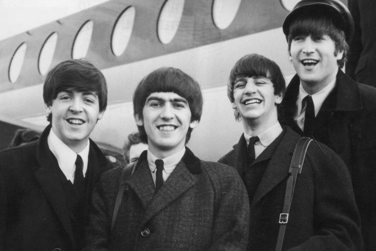 Paul, junto a John Lennon, George Harrison y Ringo Starr, ganó fama mundial por ser el bajista de la legendaria banda de rock The Beatles. Foto:Getty Images