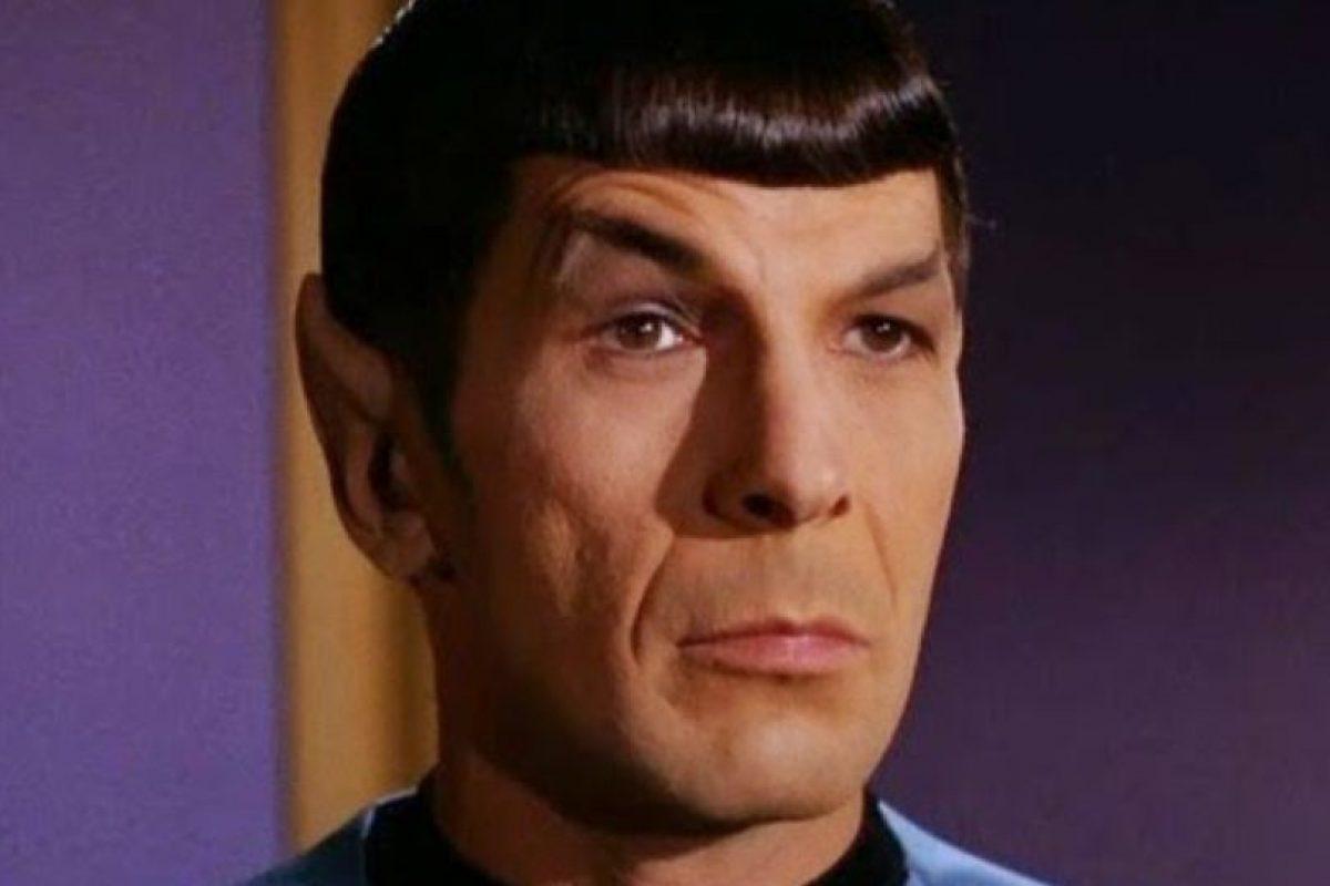 """Levantar una ceja. Igual que """"Spock"""" de la serie """"Star Trek"""". Foto:NBC"""