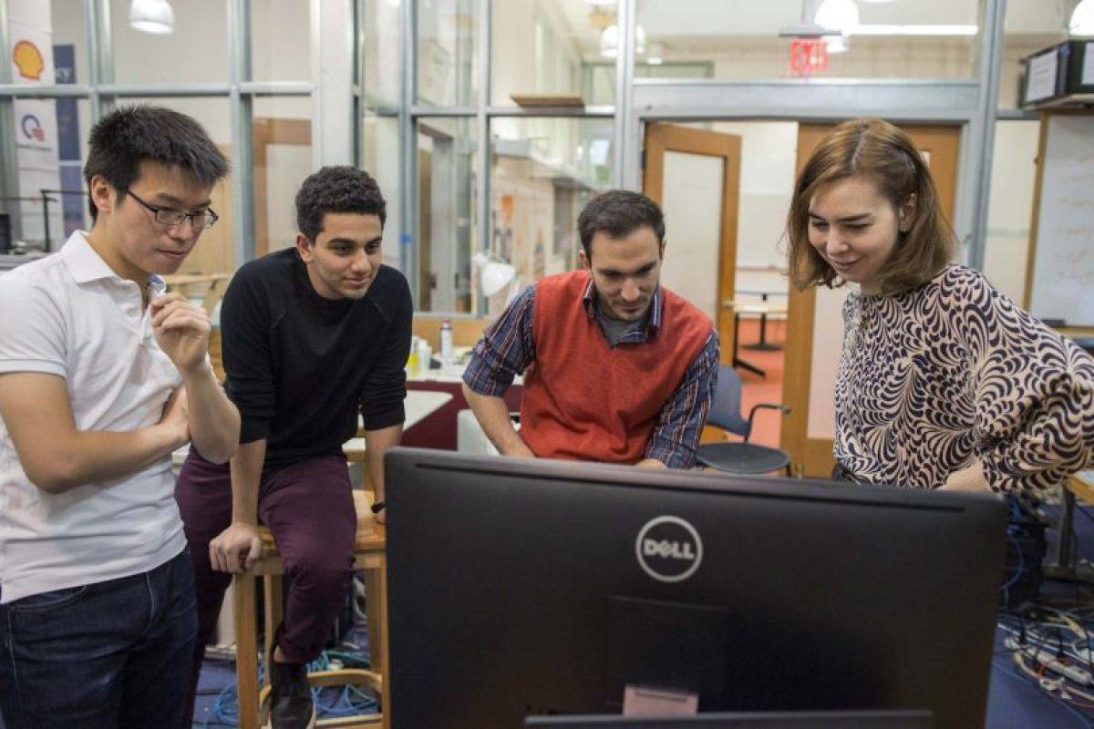 Los investigadores señalan que la tecnología será capaz de ayudar a los cuidadores de ancianos y niños a mantener un control más cercano sobre ellos. Foto:AP