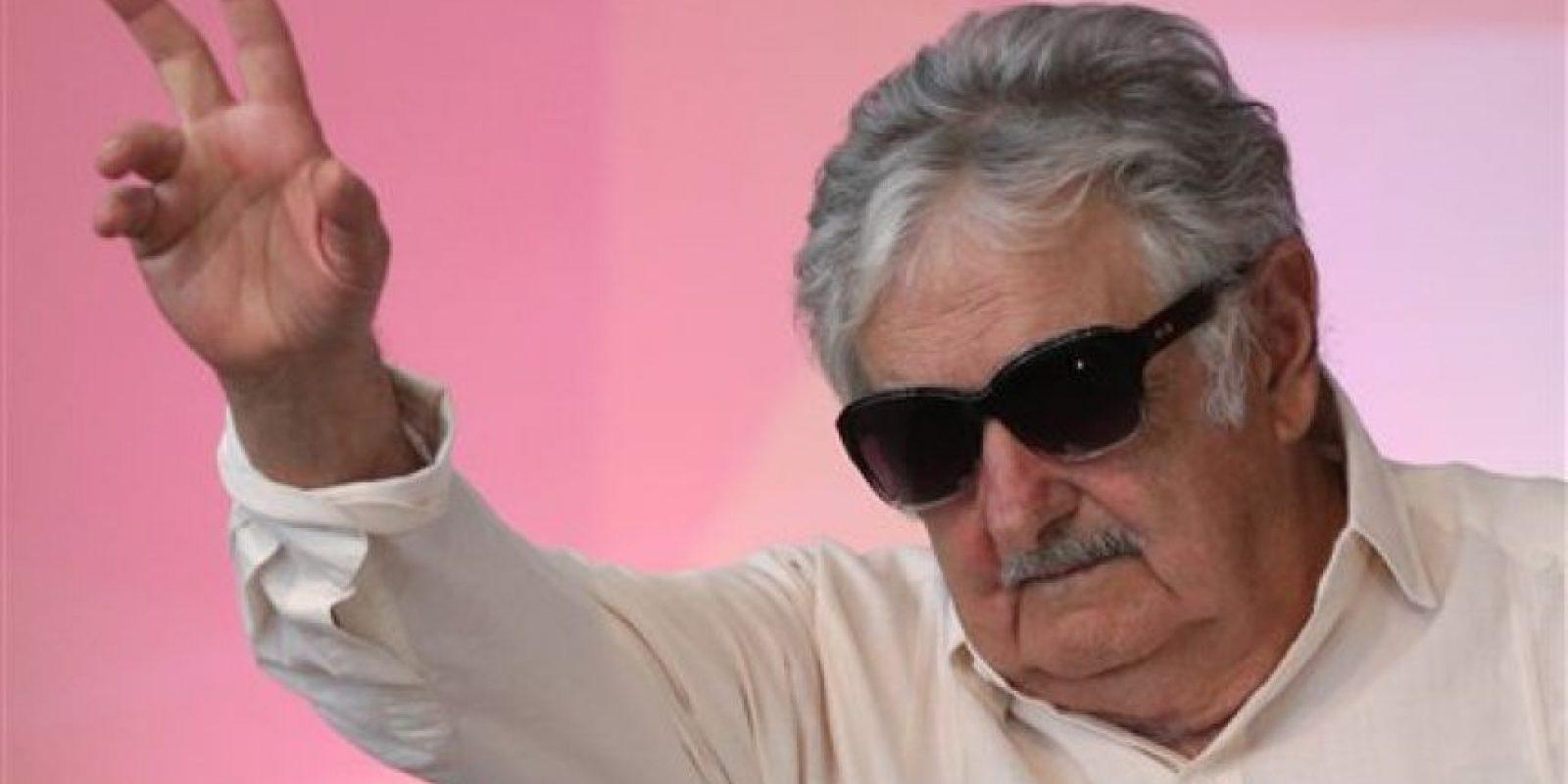 Desde 2005 está casado con la senadora y dirigente histórica del Movimiento de Participación Popular, Lucía Topolansky. Foto:AP