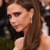 """Victoria Beckham. La exintegrante de Spice Girls es fiel al """"Facial de Geisha"""" Foto:Getty Images"""