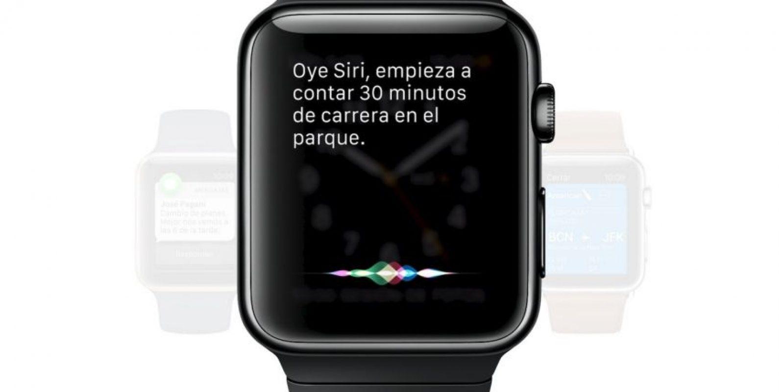 Cuenta con tres modelos entre los que pueden escoger y personalizarlo con la gran cantidad de bandas existentes. Es posible usar Siri para enviar un mensaje, tiene una app dedicada al ejercicio y otras más de entrenamiento que utilizan su motor de latidos del corazón. Foto:Apple