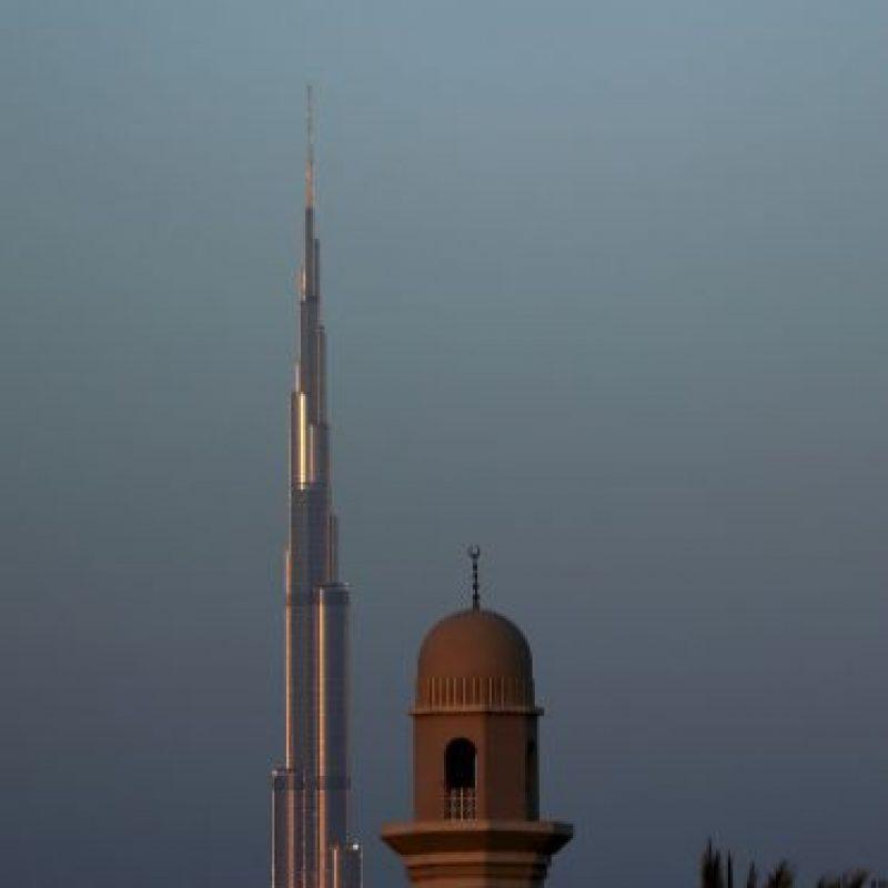 Cercano al Burj Khalifa, el rascacielos más grande del mundo Foto:Getty Images