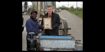 Ganó dos certificados alemanes de Maestro Artesano en materia de mecánica automotriz. Foto:Twitter