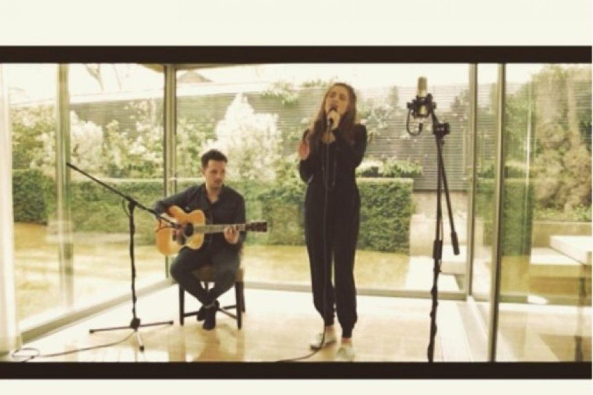 Actualmente ofrece pequeños conciertos en eventos privados Foto:vía instagram.com/lilyatk