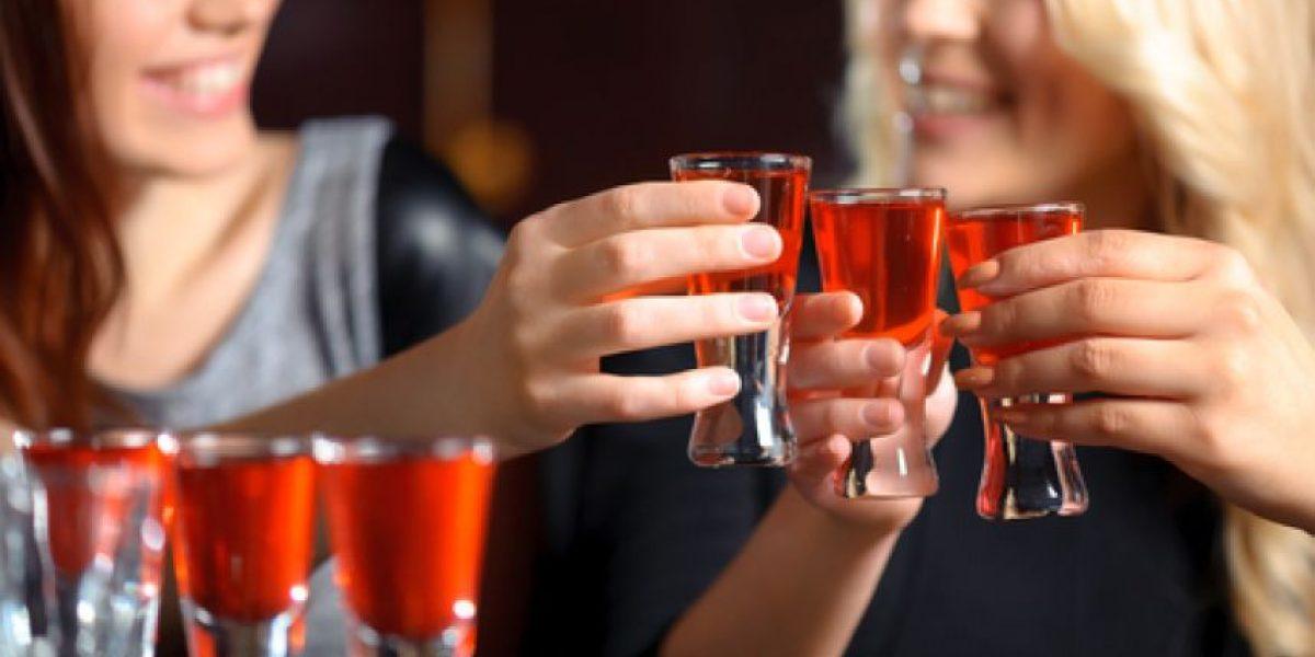 Las fiestas, un duro desafío para adictos en recuperación