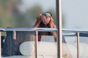 Harry no dudó en jugar con Kendall. Foto:The Grosby Group