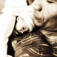 "Jasmine, la hija de Dwayne Johnson (""La Roca"") y su novia Lauren Hashian. Foto:vía instagram.com/therock"