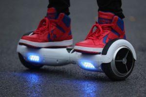 Las hoverboards ya no se venden en tiendas como Amazon. Foto:Getty Images