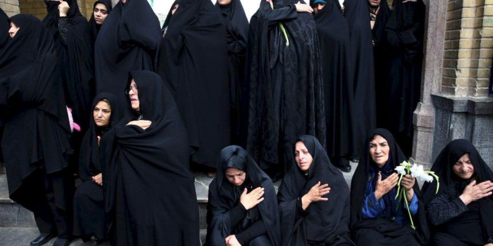 El grupo terrorista continúa dañando a las mujeres que retiene como esclavas. Foto:Getty Images