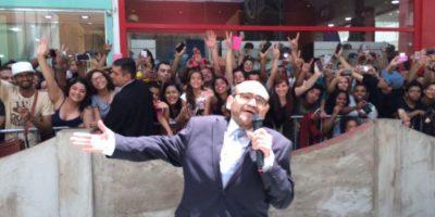 En un evento al que fue invitado recientemente. Foto:vía twitter.com/varedg