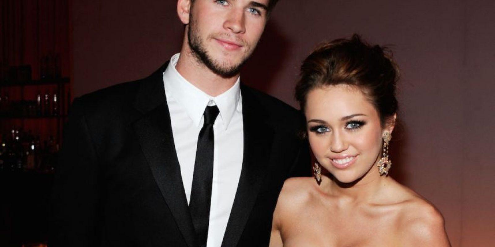 """El amor entre Liam Hemsworth y Miley Cyrus surgió dentro y fuera de la película """"La Última Canción"""". Foto:Getty Images"""