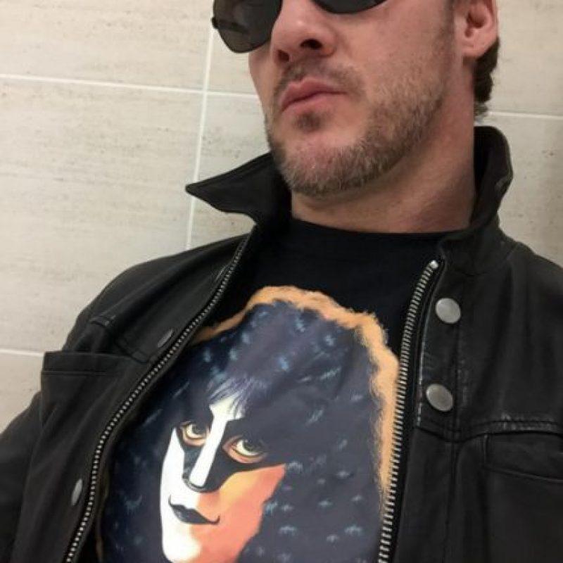 El 30 de junio de 1999 llegó a la WWE. Debutó ese mismo año, en agosto, en una pelea ante Road Dogg en SmackDown, pero fue descalificado. Foto:Vía instagram.com/chrisjerichofozzy