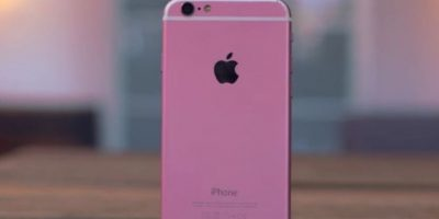 """El color rosa es más fuerte y le falta la letra """"S"""" distintiva del modelo. Foto:Jonathan Morrison / YouTube"""