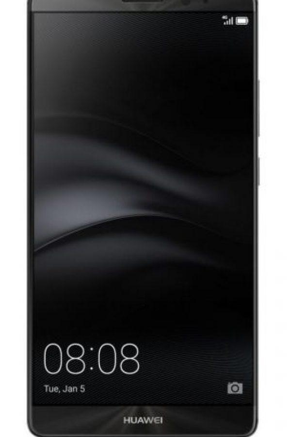 El teléfono es capaz de cargar todo un día de poder en sólo 30 minutos. La batería total es de 4.000 mAh. Foto:Huawei