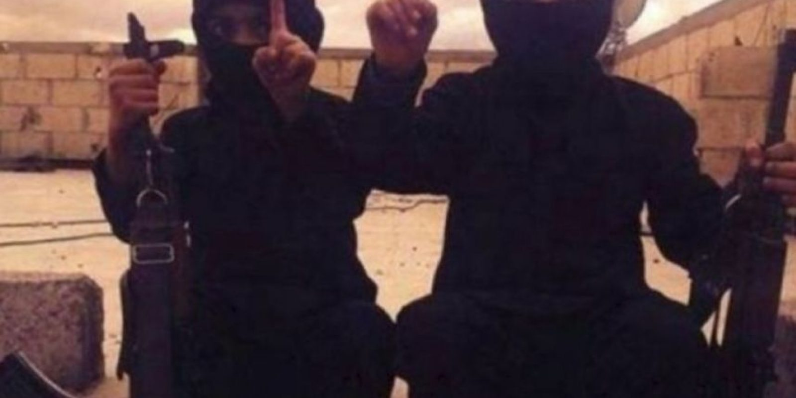 Ella asegura que ISIS vende a los menores como esclavos sexuales y los asesina mediante la crucifixión o enterrándolos vivos. También algunos trabajan para ISIS, como informantes, como hombres bomba o escudos humanos. Foto:Twitter.com – Archivo