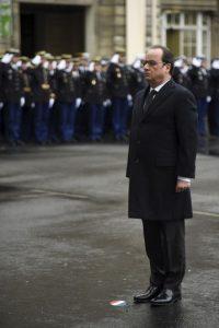 El presidente Francois Hollande encabezó los actos de conmemoración Foto:AP