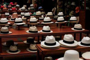 Sombrero Panamá. El terminado del sombrero puede llevar meses. Foto:Vía Wikipedia.org