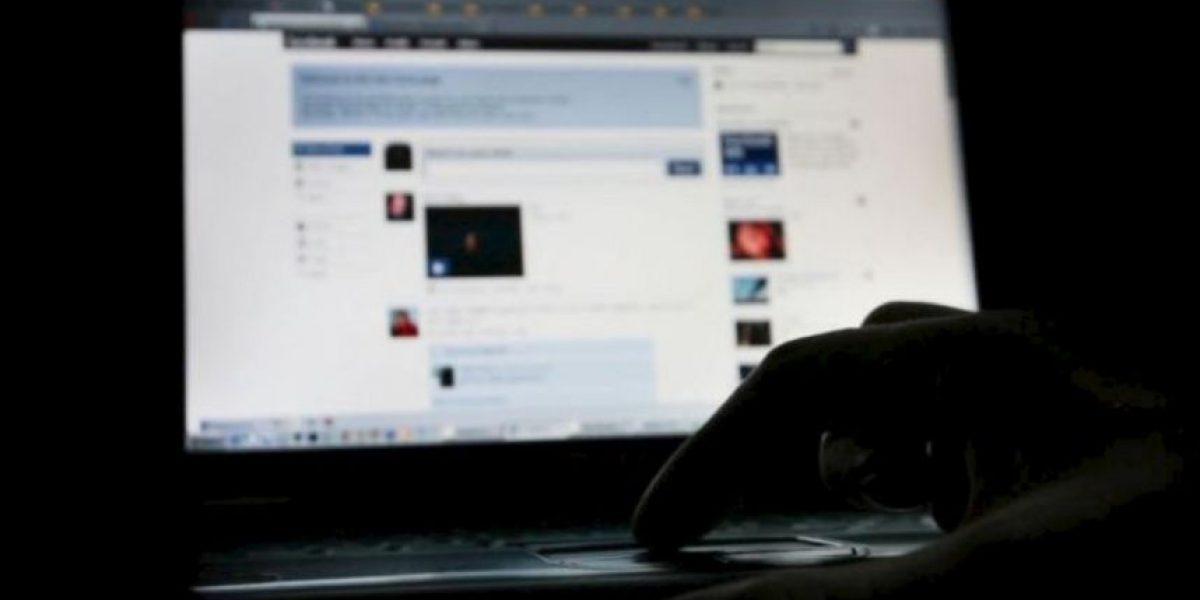 El drama de maestra: Roban su foto de Facebook y la ofrecen como escort