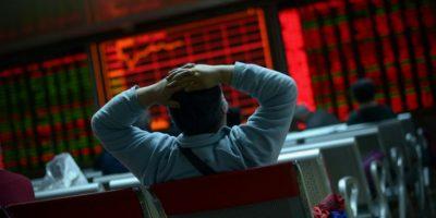 """También, el pasado jueves cayó la bolsa de China, lo que derivó en el primer """"Jueves Negro"""" del 2016 en los mercados bursátiles Foto:AFP"""