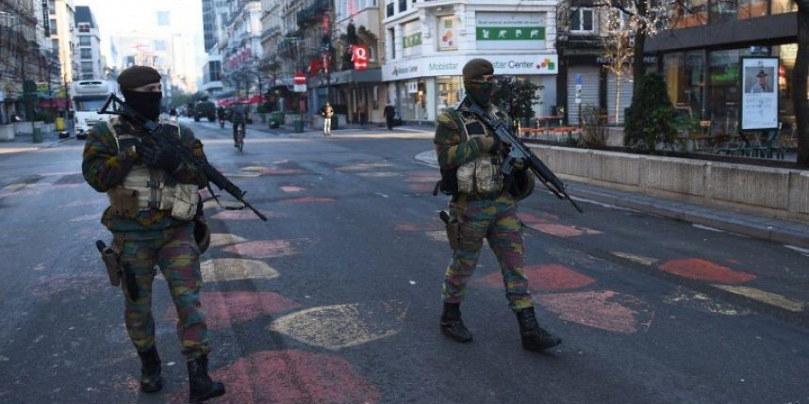 La policía belga realizó una serie de redadas en Bruselas después de los atentados de París. Foto:AFP