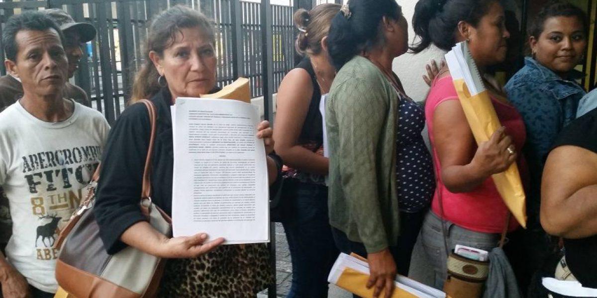 Exempleados de salud interponen demanda en la CSJ por despido sin justificación