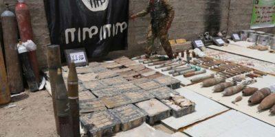 """En este punto, una investigación de """"The New York Times"""" señaló que ISIS está ganando cerca de 900 millones de dólares al año por """"impuestos"""", lo cual sería su principal fuente de recursos financieros. Foto:AP"""