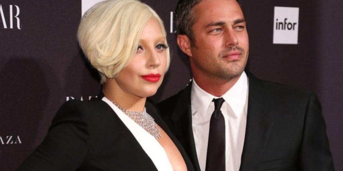 FOTO. Mira a Lady Gaga y su prometido al natural y sin ropa