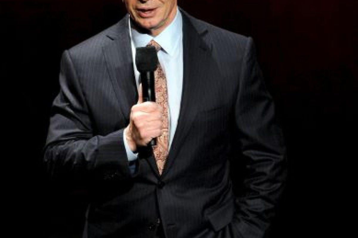 Su padre, Vince J. McMahon era promotor de Capitol Wrestling Corp, y murió en 1984 dejándole la responsabilidad de la compañía a él. Foto:Getty Images